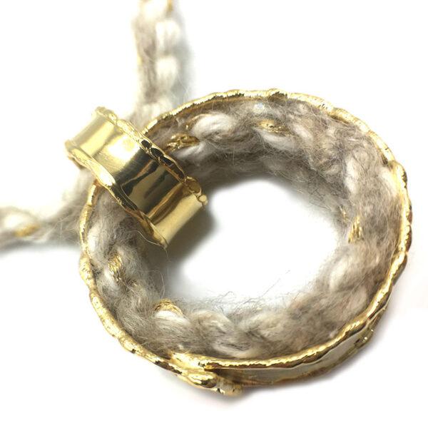 collana lana bianca
