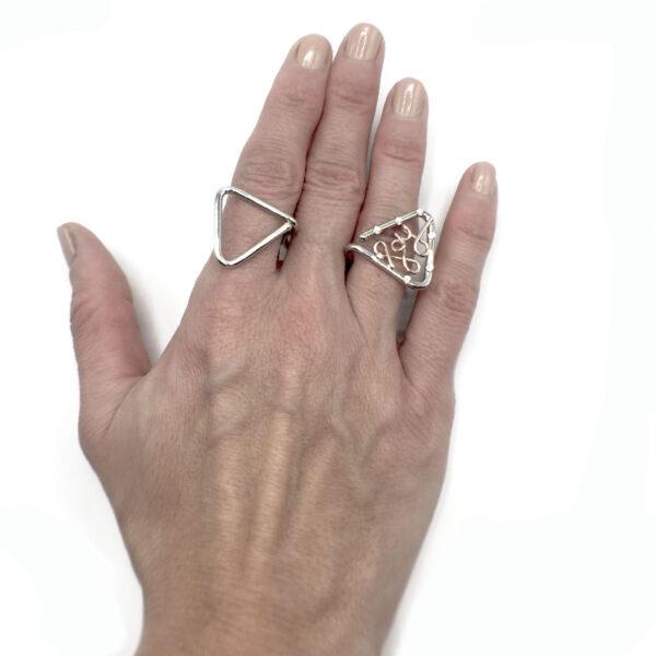 anello due dita
